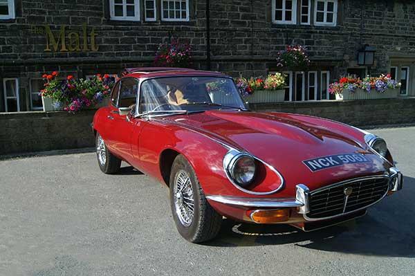 Jaguar-E-type-driving-experience
